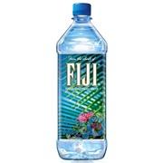 Упаковка минеральной воды  Fiji 1 литр  - 12 шт