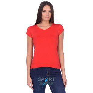 Футболка красного цвета с V-вырезом
