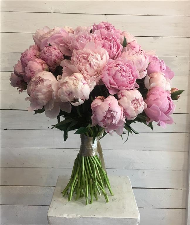 Цветы на заказ с доставкой пионы пышные, букет для невесты